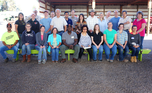 USDA-ARS and OSU employees of the Pendleton Agricultural Research Center gather for a staff photo prior to Field Day, June 2014.