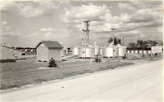 Hays grain bins: 'Experimental grain bins at Hays Station, September 1939.'