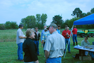 Dr. Candice Gardner (Plant Introduction Research Leader) talking with Dr. Tom Hoegemeyer (Hoegemeyer Enterprises, NE)