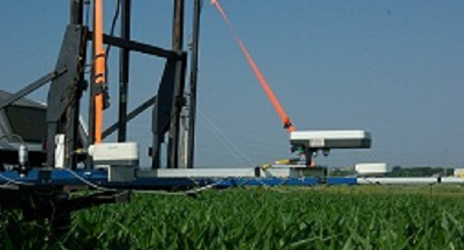 Sensors for detecting crop nitrogen needs