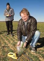 Sampling plant biomass and soil nitrogen, Photo by Stephen Ausmus, USDA ARS