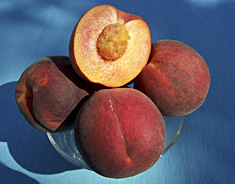 Photo: Gulfcrimson peaches.