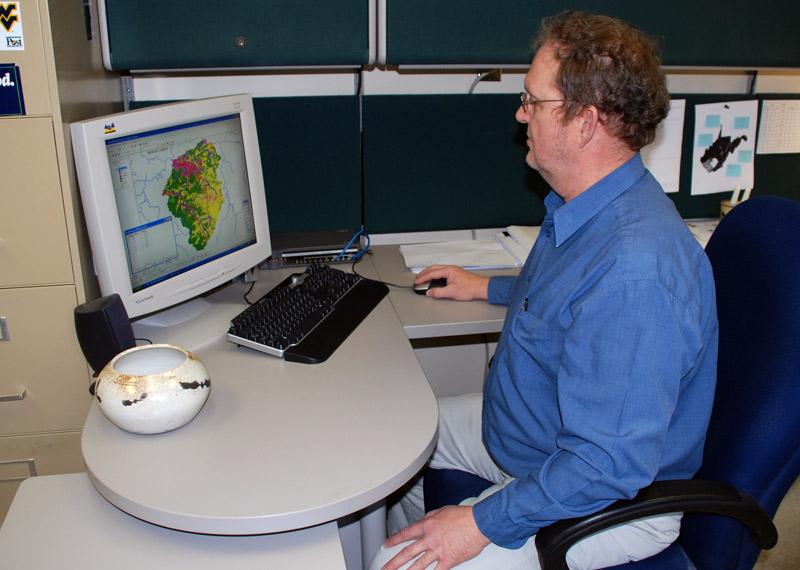 Scientist & GIS computer