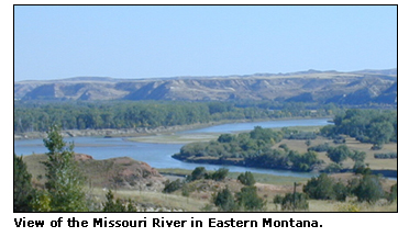 Photograph of the Missouri River in Eastern Montana.