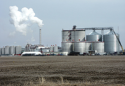 A typical ethanol plant in West Burlington, Iowa (Big River Resources, LLC): Click here for photo caption.