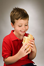 "In nutritional tests of fast-food kids' meals, one ""best-choice"" meal featured a deli-style sandwich, combined with a fruit or a nonfried veggie, and low-fat milk: Click here for photo caption."