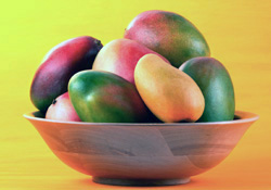 Photo: Bowl of mangoes